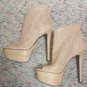 Booties / Shoes
